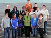 Gruppenfoto mit Frau Dr. Angela Merkel